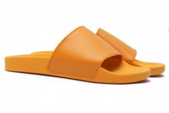 Papuci Portocalii Uni