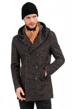 Palton negru cu structuri