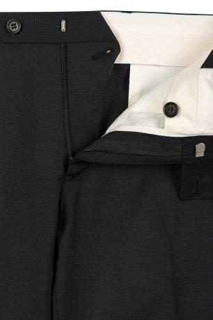 Pantaloni slim conti negri uni