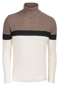 Slim White Sweater